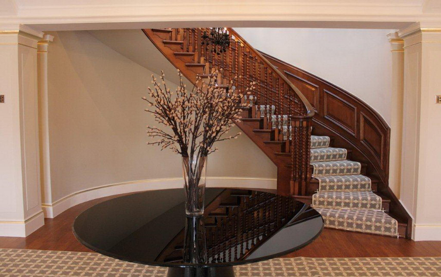 Classical entrance hall-curved and shaped wall- sawn timber floo